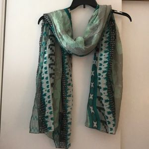Patterned Teal and Grey Scarf